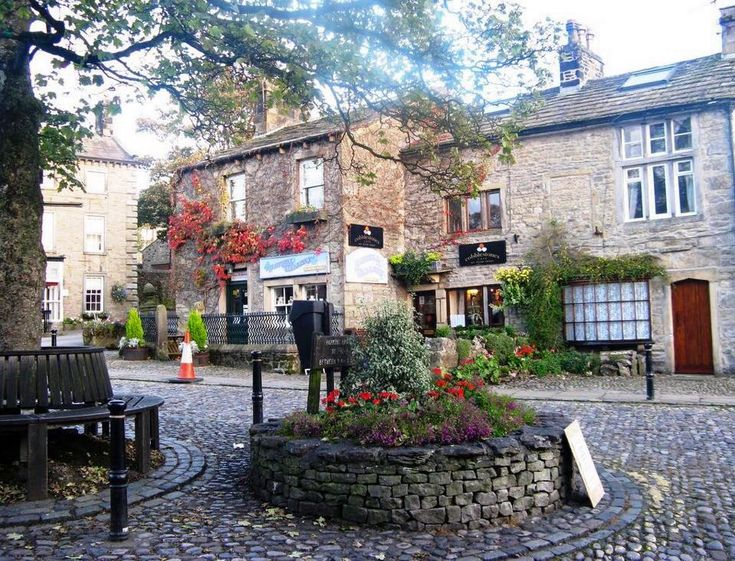 Grassington, Wharfedale in Autumn - Yorkshire Dales by Jaunty Jane