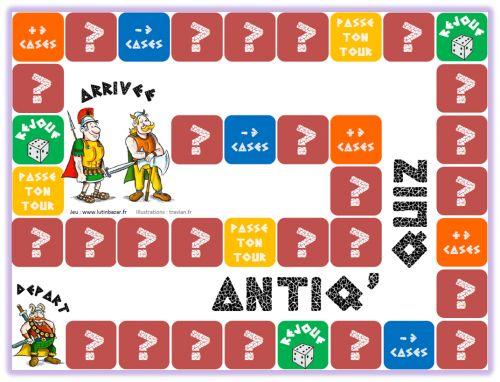 Il s'agit d'un jeu de plateau sur l'Antiquité qui permet de réviser les notions-clés. Les cases marquées d'un point d'interrogation invitent à répondre aux questions des cartes.