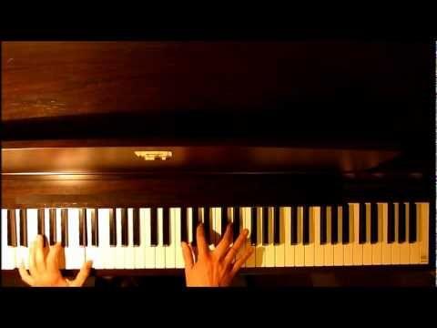 Petula Clark - Downtown + sheet music for piano - YouTube