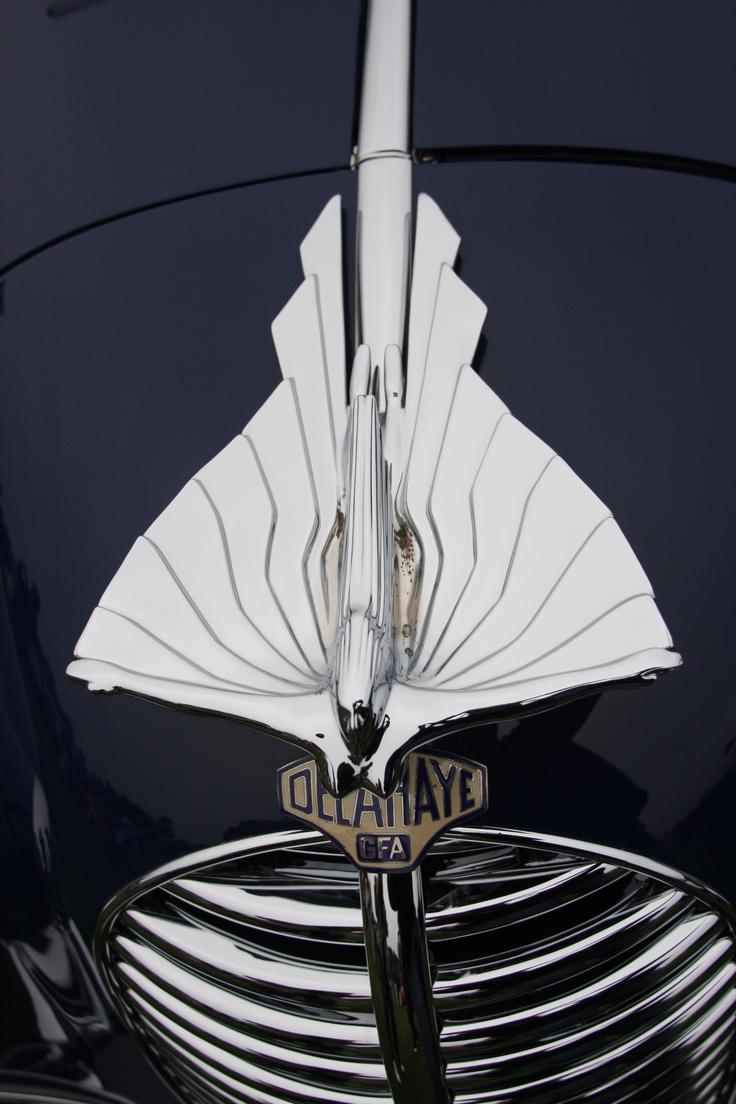 Delahaye hood with ornamentation   ===>  https://de.pinterest.com/pin/21181060726338285/