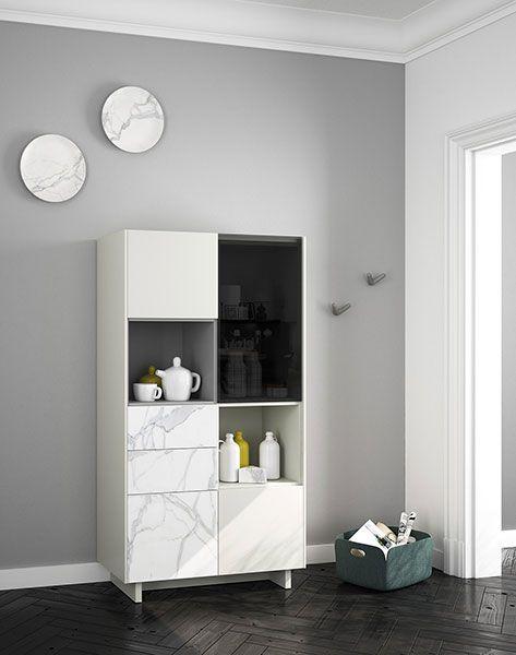 Mueble moderno para la cocina. Cerámica KALOS, cristal parsol gris y gris mate. Tapa y lados en arena mate.