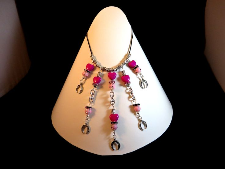Collier Fer à Cheval perles roses de la boutique Cabaneabijoux sur Etsy