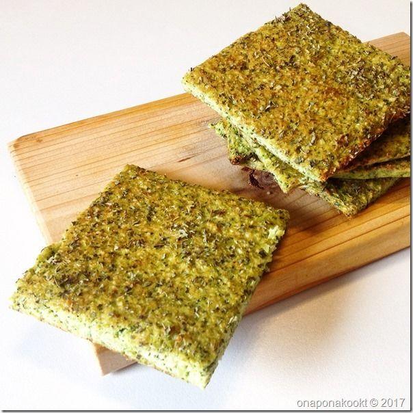 Aangezien ik probeer om dagelijks meer groenten aan mijn voedingspatroon toe te voegen, zijn de traditionele bokes met kaas 's middags van het menu geschrapt. Meestal eet ik een slaatje als lunch, …