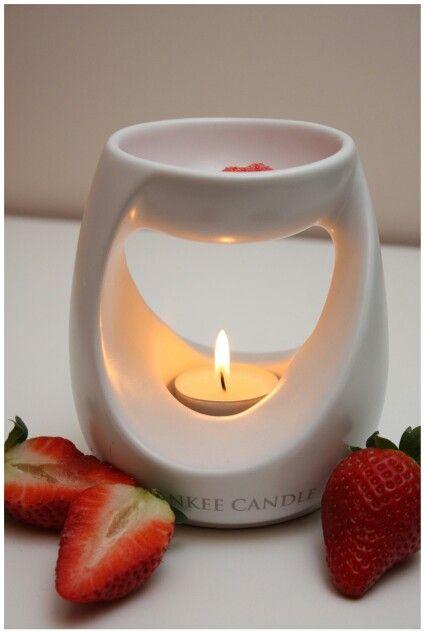 Yankee candle ♡ Sweet Strawberry ;)
