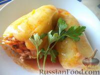 Фото к рецепту: Болгарский перец, фаршированный рисом и грибами
