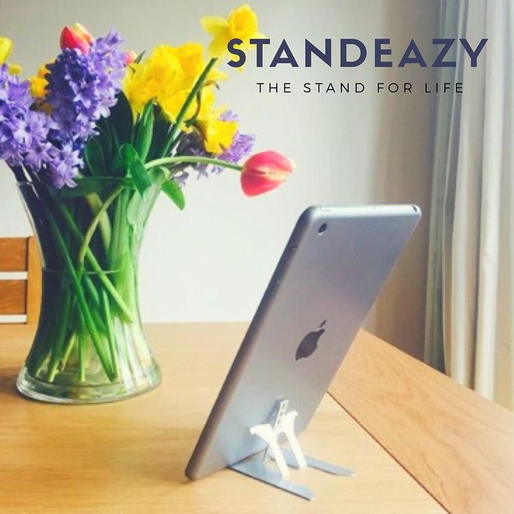 A gadget for #home and #away! The Standeazy Ultra - funded in just two days - get yours at a special price whilst we are on Kickstarter! #Standeazy is the perfect accessory for your #iphone #googlepixel #htc #samsung or #blackberry - in fact it is compatible with any smartphone with or without bumpers cases or wallets. For portrait or landscape mode with different angles - a super quick phone stand for photography watching things sharing and keeping your phone safe off the ground…