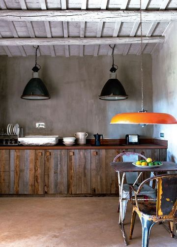 Cuisine n°2 : Inspiration industrielle dans cette cuisine 100% récup