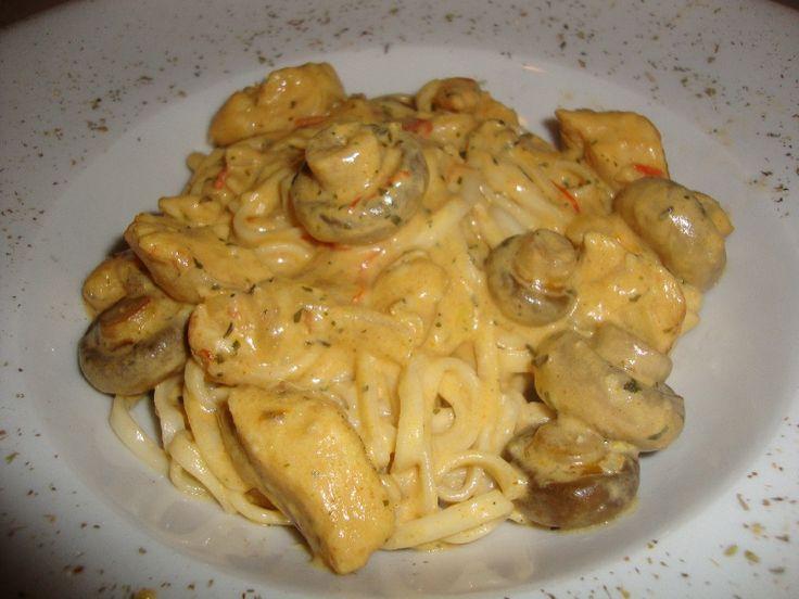 Romige kip met champignons en linguine