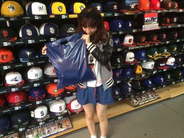 【新宿1号館】 2014年4月9日 東京ドームでの試合観戦前にご来店頂きました♪ ロッテファンのお客様です(^O^) またのご来店お待ちしております(^^♪