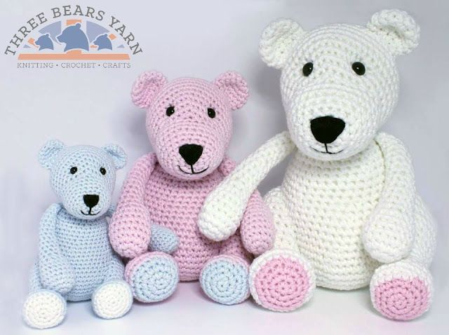 free crochet pattern for cute little bears in three sizes. permission to sell finished items.