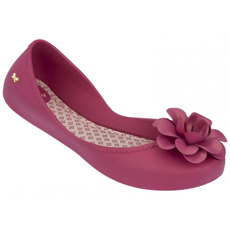 Start Flower Pink Say hello to your new favourite and fabulous flats! This ballerina - shown here in Pink - has a soft opening flower applique and frill detailing to complete the look. Featuring Zaxy's unique hug technology insole for a comfortable wear everyday.