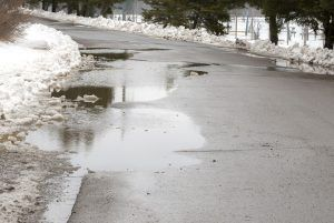 Toronto has always seen a lot of egregious weather conditions. If you are a commercial property owner, it is your responsibility to ensure that your parking lot is completely safe and secure for those who use the exterior of your property on a regular basis this winter.   Hiring a pavement contractor in Toronto is the best way to maintain a clean, safe asphalt driveway this winter season.