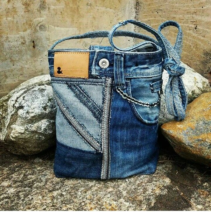 MannaDsign; Bag made of reused jeans.