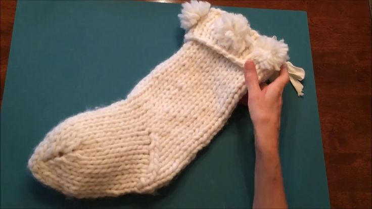 How to Knit the Magic Loop for the Chunky Knit Christmas Stocking, Video...