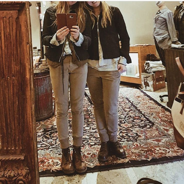 Starness H and our savourine J twinning.. Just another day at @claesgoranofficial 😍 #ClaesGoranFamily #BumSociety