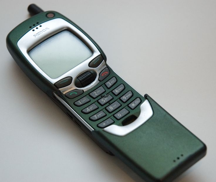 """I owned one of these! It was the height of technology back then. I pretty much only used it for calls, texting and playing """"Snake"""""""