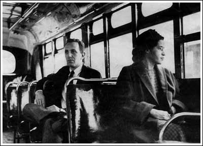 Strong women, Nuu Muu: Staged press photo (though one of the more famous images of Rosa Parks.)