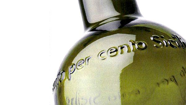 Cento per cento Sicilia la nuova bottiglia O-I.  #glassislife #sostenibile #packaging #chooseglass #betteringlass #territorio #locale
