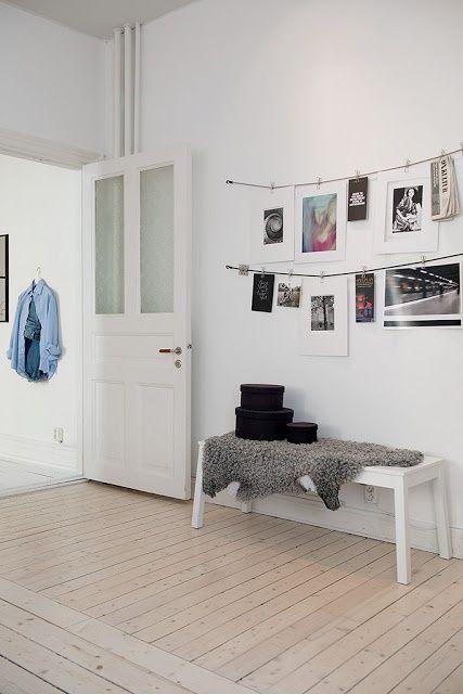 Hoe hang je foto's aan de muur? Je leest het op http://www.stijlhabitat.nl/fotos-aan-de-muur/ Wall, photo, ideas
