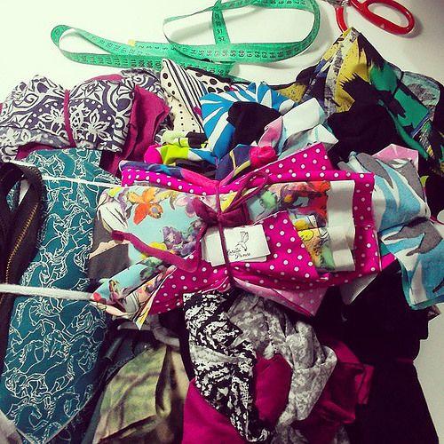Vestidos, faldas y un par de polerones que aparecieron ♥ Buenas noches! | por Loreto Ponce