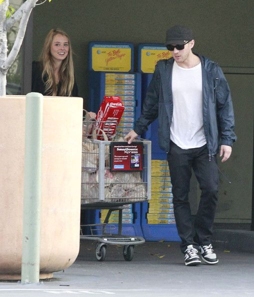 Ryan Phillippe And Girlfriend Grocery Shopping At Ralphs - Pictures - Zimbio
