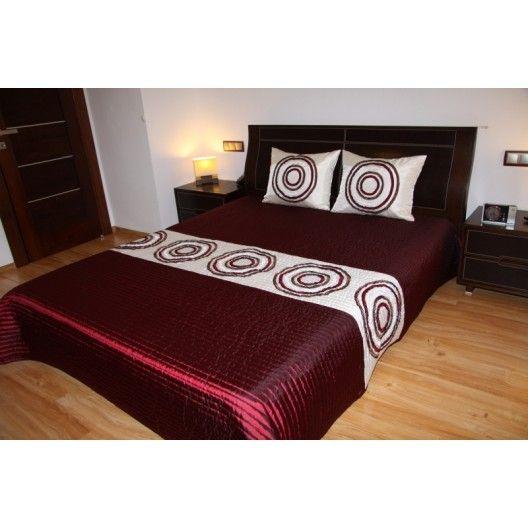 Luxusní přehozy na postel v bordóve barvě s kruhy - dumdekorace.cz