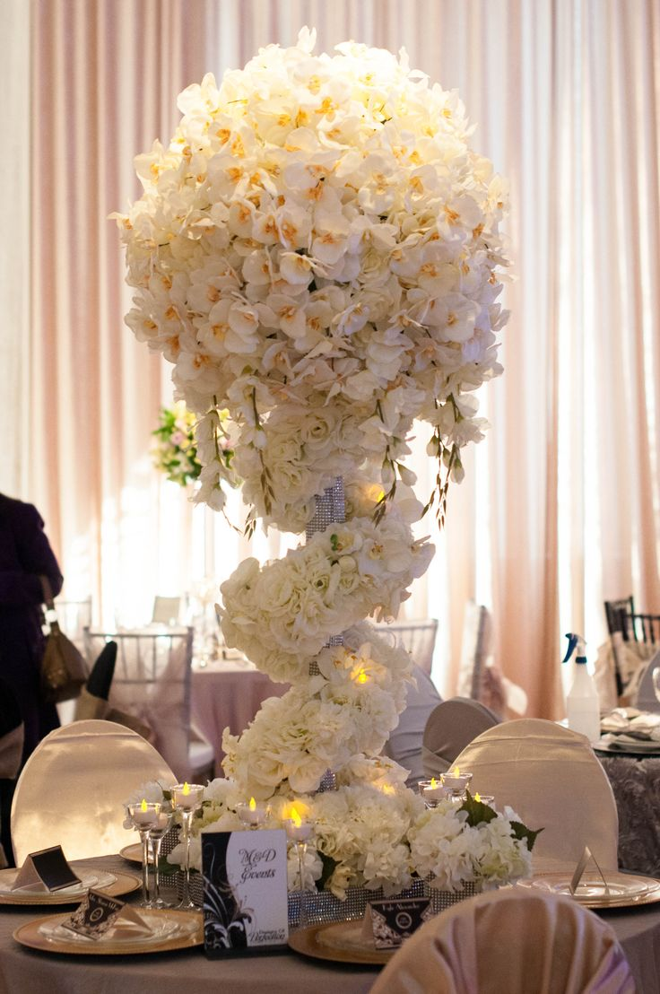 17 best images about wow wedding tables on pinterest. Black Bedroom Furniture Sets. Home Design Ideas