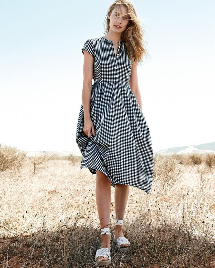 An easy summer dress. Shop our short-sleeve gingham dress via the link in our…