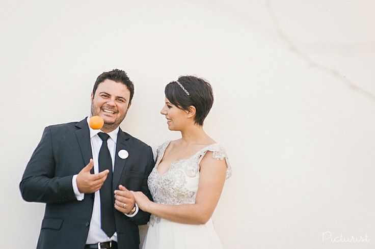 Wedding photo's with oranges. From Carla & Werner's wedding at Maison Estate in Franschhoek.