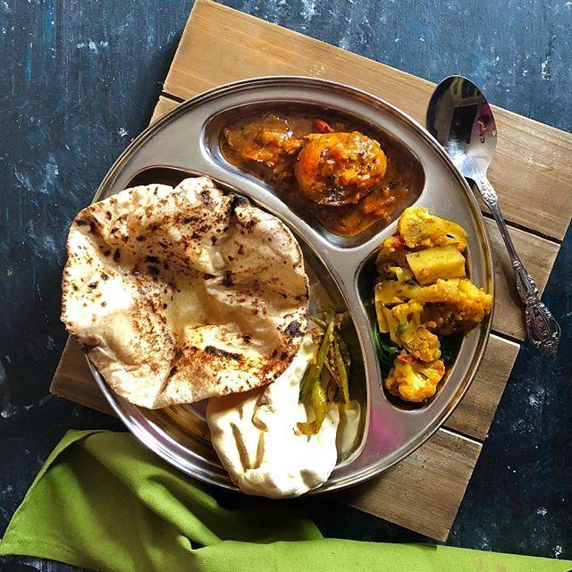 Simple meal! Because the reason to cook elaborate ones is once again traveling 😊 . 🔸Kolhapuri egg curry 🔸Achari Aloo gobhi 🔸ghee wali roti 🔸mirchi pickle and papad . #mytastycurry #simplemeals #everydayindia #shotoniphone8plus #goodfoodgoodlife #eatgoodfeelgood #simplelife #eggcurry #MTCeggccellent #punjabifood #tastyfood #tasty #foodtalkindia #foodiegram #ourplatesdaily #homecookedmeal #homefeast #homecooking #homecooking #honestcooking #walkwithindia #delhiblogger #foodblogfeed…