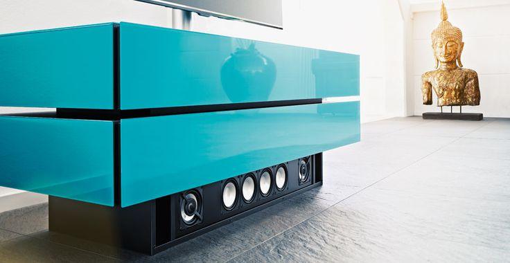 Spectral Brick TV-Möbel blau mit Sound bei Funkhaus Küchenmeister. Mehr Infos jederzeit auf unserer Website.