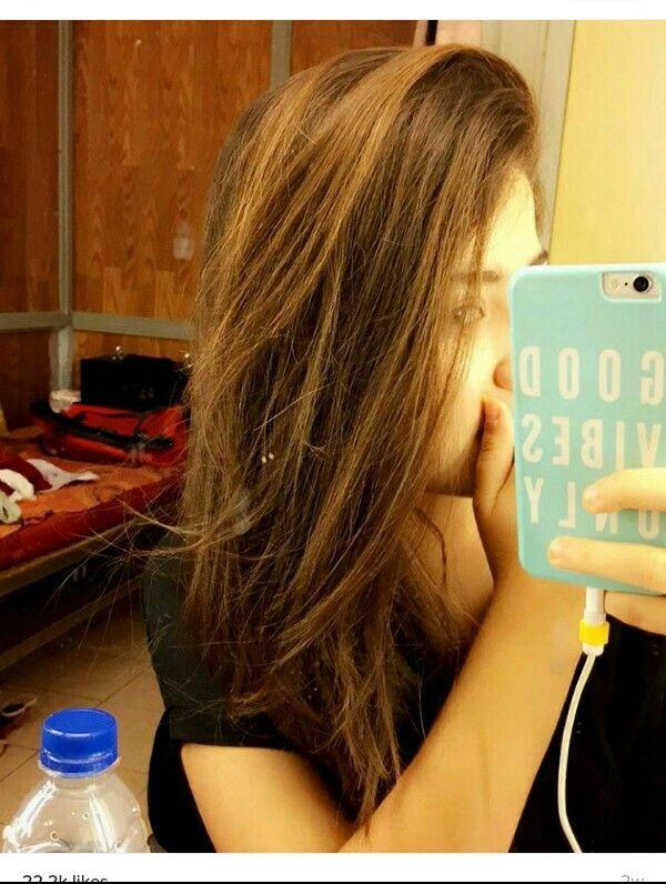 Natural hair color of Aditi Bhatia. Uffff! Am feeling soo jealous of her hair :O ♥