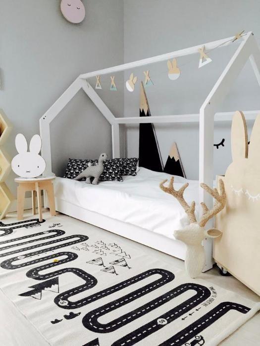 łóżko Domek Housebed Sosnowe Różne Kolory Barierki