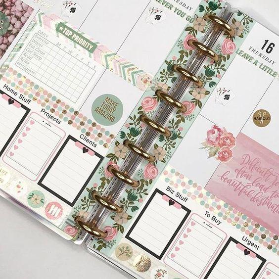 Stationery   #stationery #organized #officegirl #officesupplies #officedecor #organizedliving #orden #oficina #agenda #calendario