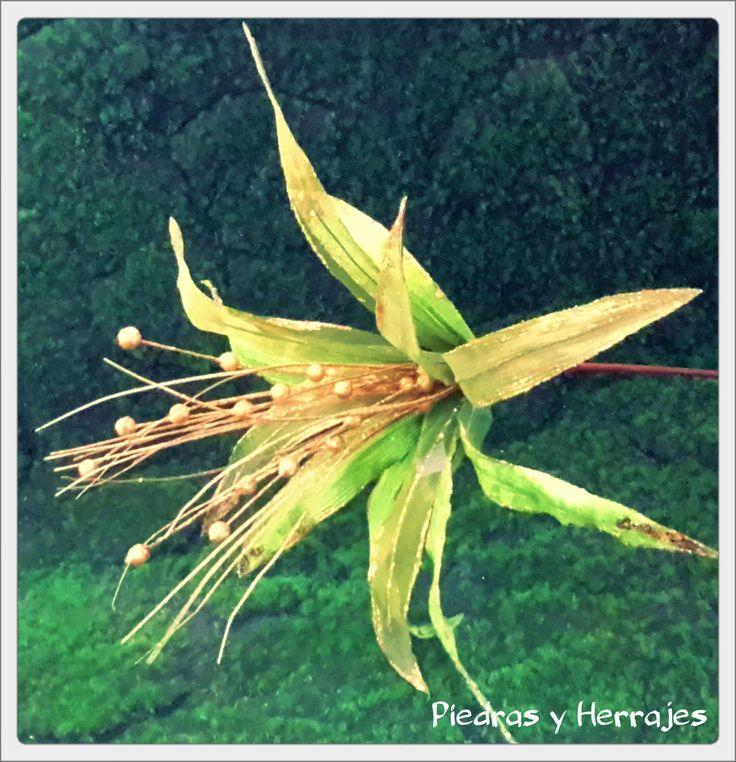 Flor delgada verde-dorado 50x64 cm Ref: 65-535 Cel.3127994768 Cristina Tel.511 78 17 Medellín-Colombia