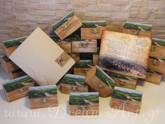 """Ζωγραφική σε ξύλινο κουτάκι μπομπονιέρα, τοπίο από το """"Παλιό Μικρό Χωριό Ευρυτανίας"""" και προσκλητήριο στο ίδιο ύφος από http://www.aquarella.gr/"""