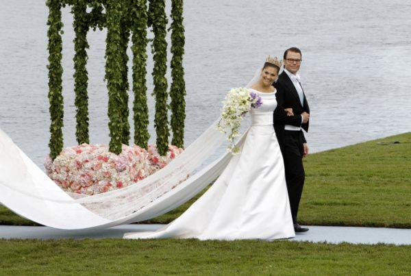 The 7 Best Royal Wedding Dresses | Royal wedding dress, Royal ...