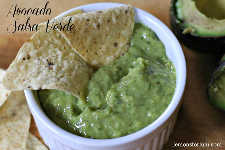 Avocado Salsa Verde creamy avocados and roasted tomatillos #avocado # ...