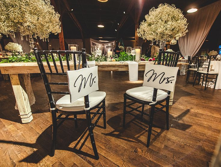 Planner: Angela Proffitt Venue: Houston Station, Nashville, TN Photographer: Joe Hendricks Photography