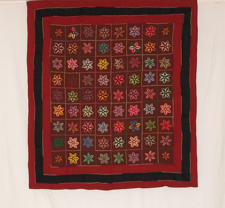 Amish Wool Stumpwork Starflowers   with Triple Border  1900-1915  65 x 70  Lancaster County, Pa