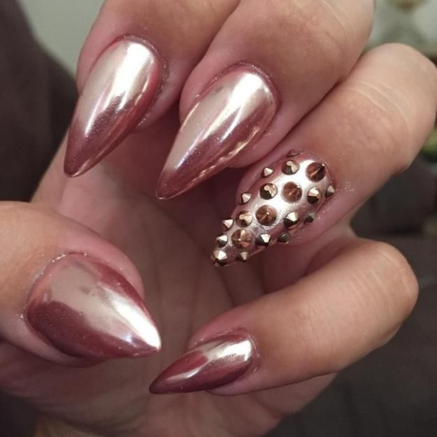 Rose Gold Chrome Nails | Stunning Homecoming Dance Nail Ideas