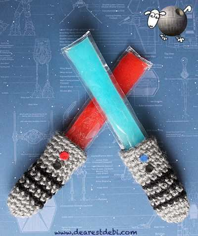 Make a Lightsaber Freezie Cozy ... oh, and this blog has operated for 138 days w/o a #StarWars-related post. #crochet: Lightsaber Hilt, Crochet Projects, Stars War, Star Wars, Freezi Stars, Crochet Patterns, War Lightsaber, Starwars, Turning Popsicles