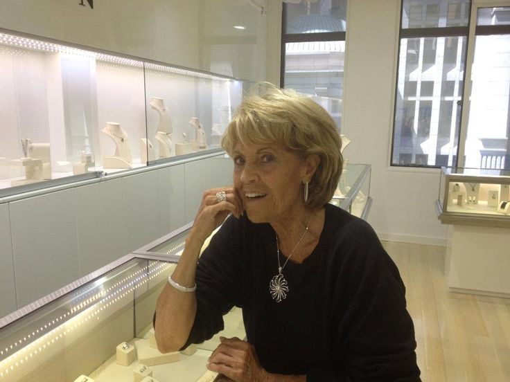 Lillian Frank wearing Kalfin Jewellery  #kalfinjewellery #Kalfin #diamonds #diamondjewellery #jewellers #designerjewellery #love #beautiful #lillianfrank #lovelylady #picoftheday #celebraties  #Melbourne #diamondring #diamondbangle #bestphotooftheday #cool #like #custommade #handmade #custommadejewellery #design #detail #style #fashion #fashionblogger #styleblogger #couture #luxury