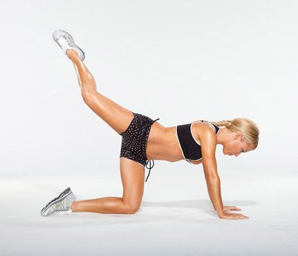 Gwyneth Paltrow's Arm and Ab Moves  Custom-designed moves from Tracy Anderson for any body type