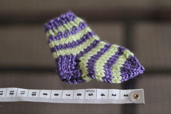 Носочки спицами для новорожденных. Описание от Дарьи. Обсуждение на LiveInternet - Российский Сервис Онлайн-Дневников