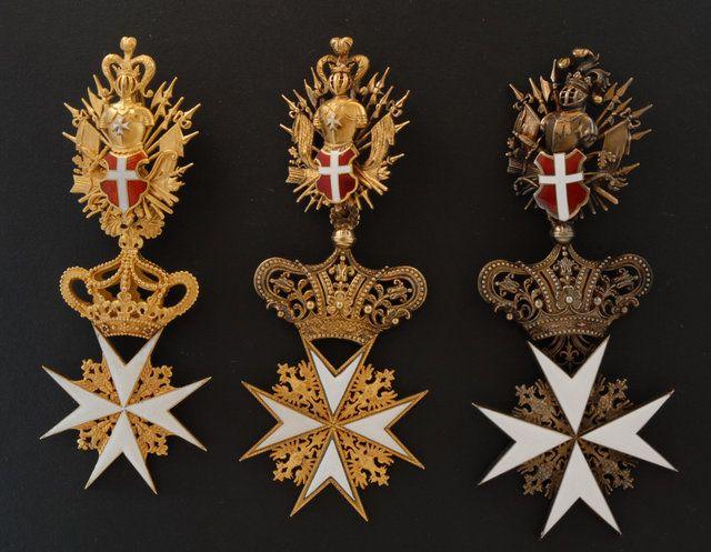 Crosses of a Knight of Justice or Knight of Honour and Devotion of the Grand Priory of Austria and of the Grand Priory of Bohemia (Großpriorat von Österreich und Großpriorat von Böhmen).#OrderofMalta #SMOM