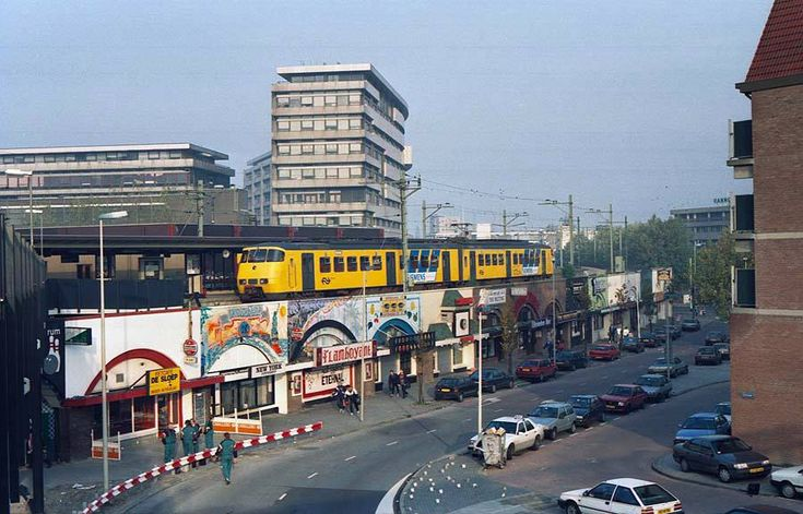 Rotterdam - Station Hofplein, Hofpleinlijn Rotterdam / Den Haag H.S. via Pijnacker, 1992.