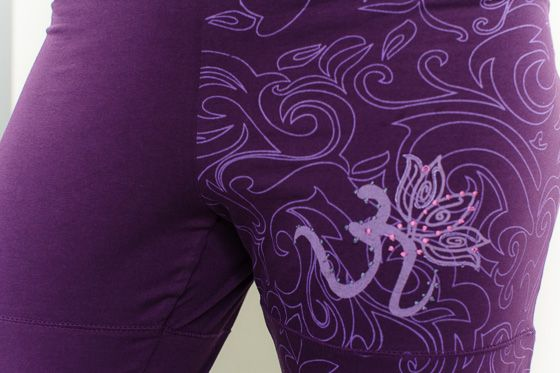 These organic pants are stylish and made with fine organic cotton and lycra blend. Match it with out lovely om nirvana organic top. Tibetan om detail.