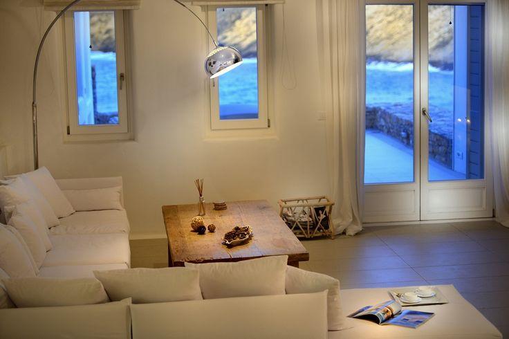Suricata villas in Mykonos Greece