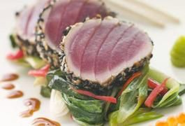 How to Cook Pan-Seared Yellow Fin Tuna | LIVESTRONG.COM